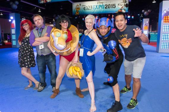 d23-expo-cosplay-group-3